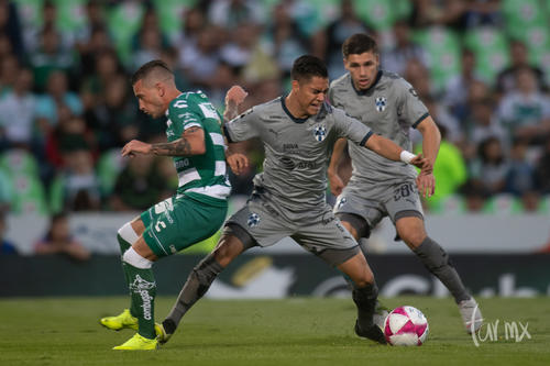 Brian Lozano 15, Edson Gutiérrez 6,
