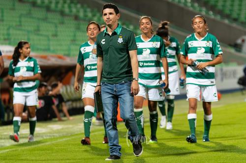 Jorge Macías Gurrola director técnico Santos femenil
