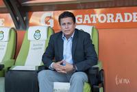 Técnico, Salvador Reyes