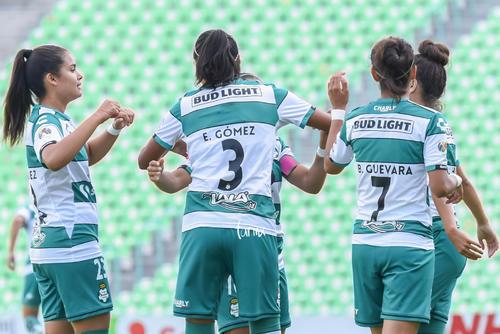Alexxandra Ramírez, Estela Gómez, Brenda Guevara