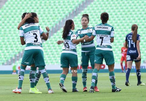 Cinthya Peraza, Estela Gómez, Brenda Guevara, Joseline Herná