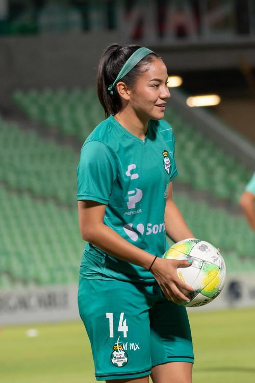 Katia Estrada