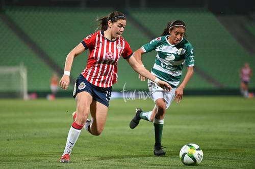 Norma Duarte 11, Nancy Quiñones 11
