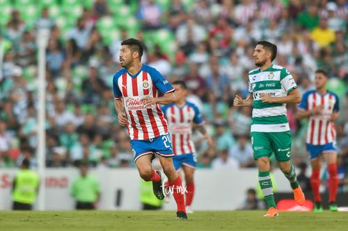 Diego Valdés, Oribe Peralta