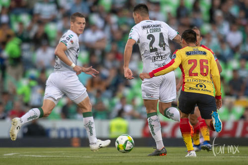 Javier Correa 24, Julio Furch