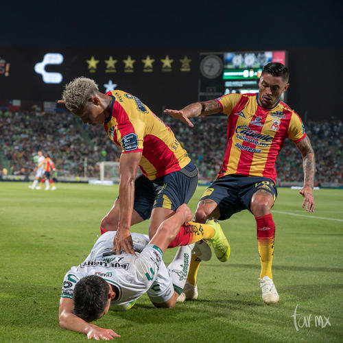 Ray Sandoval 19, Jesús Angulo 4, Rodrigo Millar 20