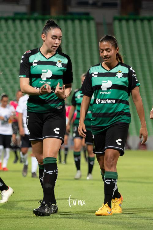 Brenda López, Ana Gutiérrez