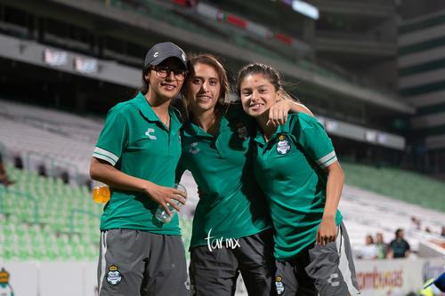 Joseline Hernández, Karyme Martínez, Brenda Guevara