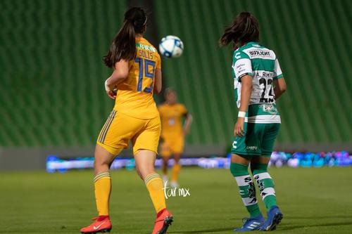 Alexxandra Ramírez, Blanca Solís