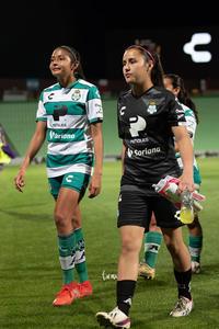 Paola Calderón, Isela Osorio