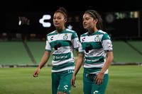 Joseline Hernández, Brenda Guevara