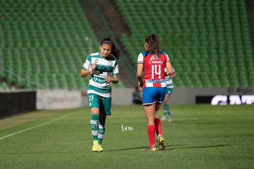 María Sánchez, Alexxandra Ramírez