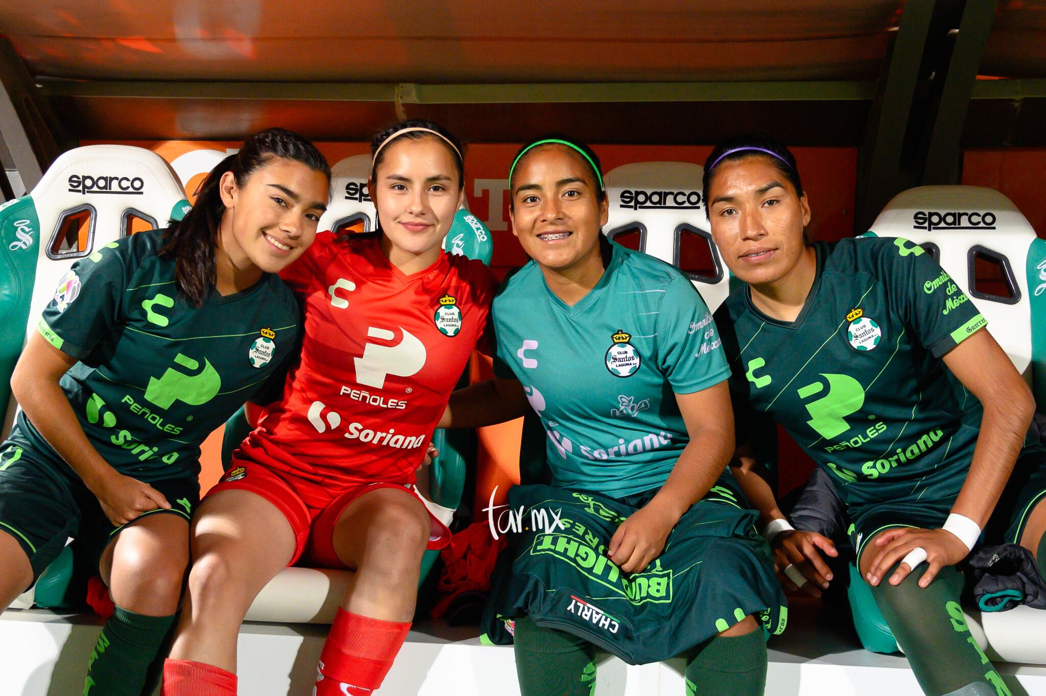 Yahaira Flores, Paola Calderón, Marianne Martínez