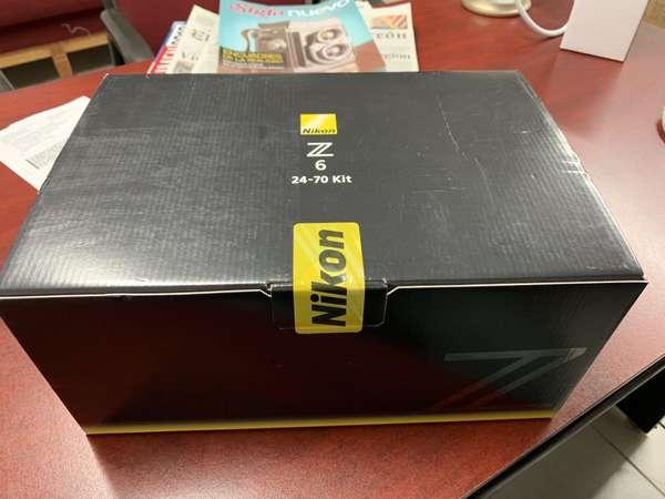 Hola Nikon Z6
